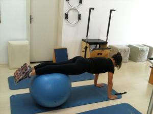 exercicio com a bola 1