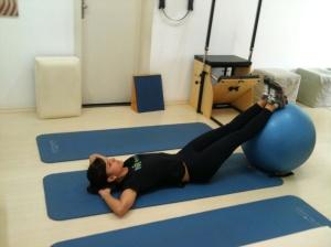 exercicio com a bola 2