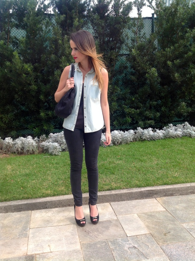 look juliana bertola